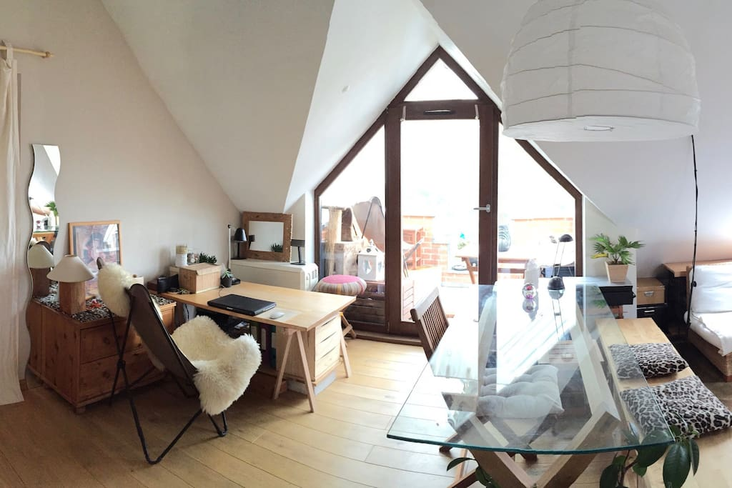 Bureau et terrasse (vue panoramique