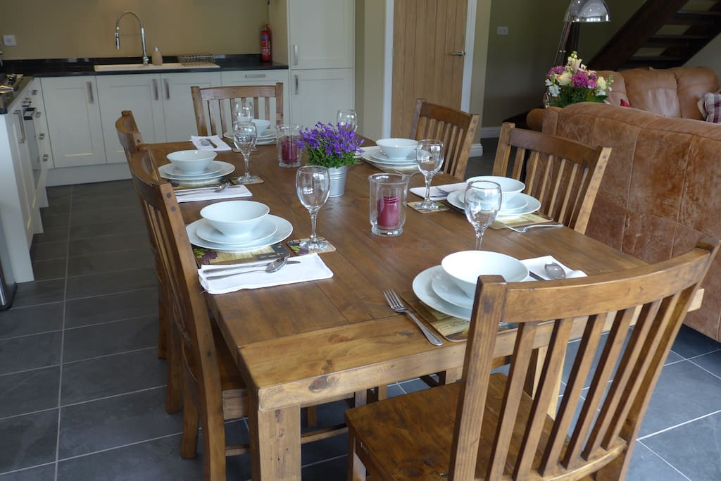 Dine in style with a fully equipped kitchen/diner
