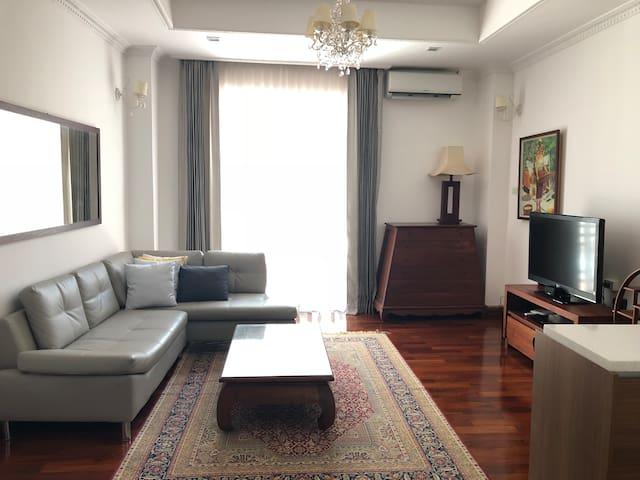 Pakham Residence-Thanome Room