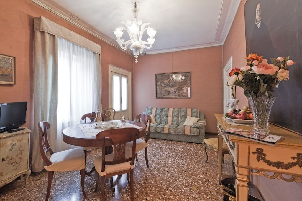 Living Room - Stylish and functional with classic venetian fornitures