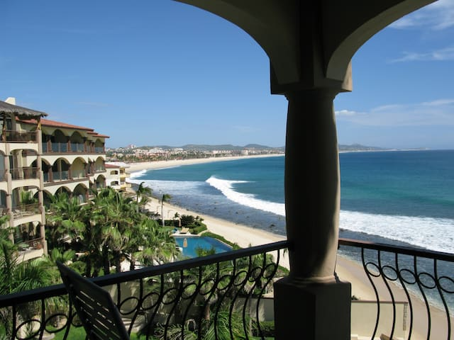Beach Lovers and Surfers Paradise - San José del Cabo - Apartment