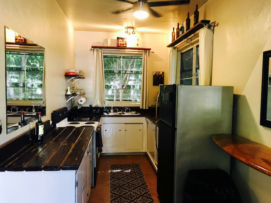 Large newly renovated artistic  kitchen with all the comforts of home.