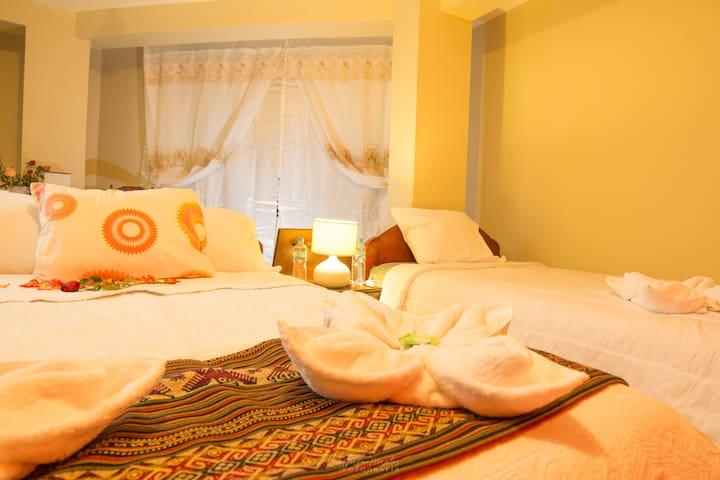 Habitación 203 - Familiar Samaykuy 3 camas