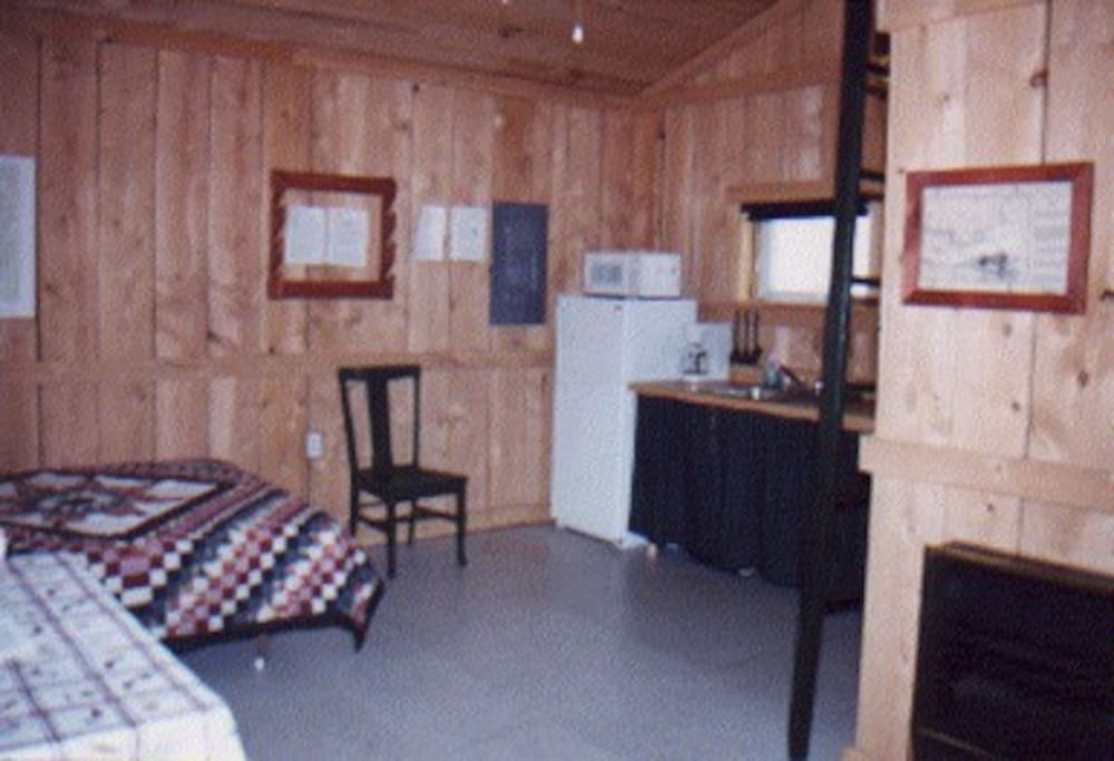Cabin has a refrigerator, micro-wave, toaster oven and two burners