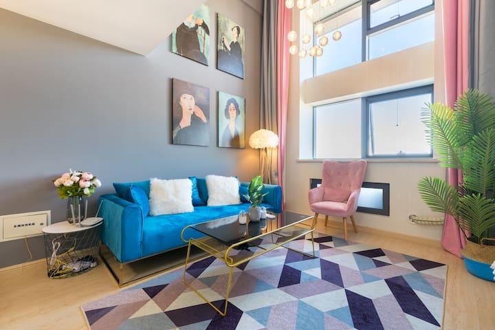 【波普】精致到摆件的入住体验最佳房间|3.8米挑高Loft|1.5米榻榻米投影仪