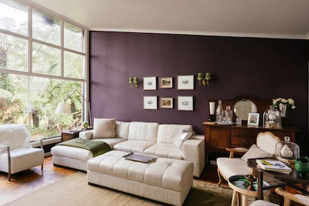 A room or two in the dandenongs - Olinda