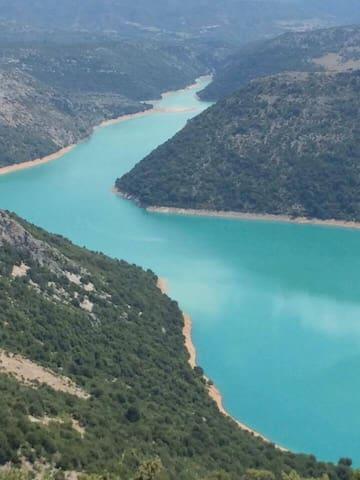 Θέα από τον ποταμό Αχελώος 1