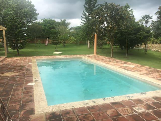 Villa Tamarindo privada con piscina