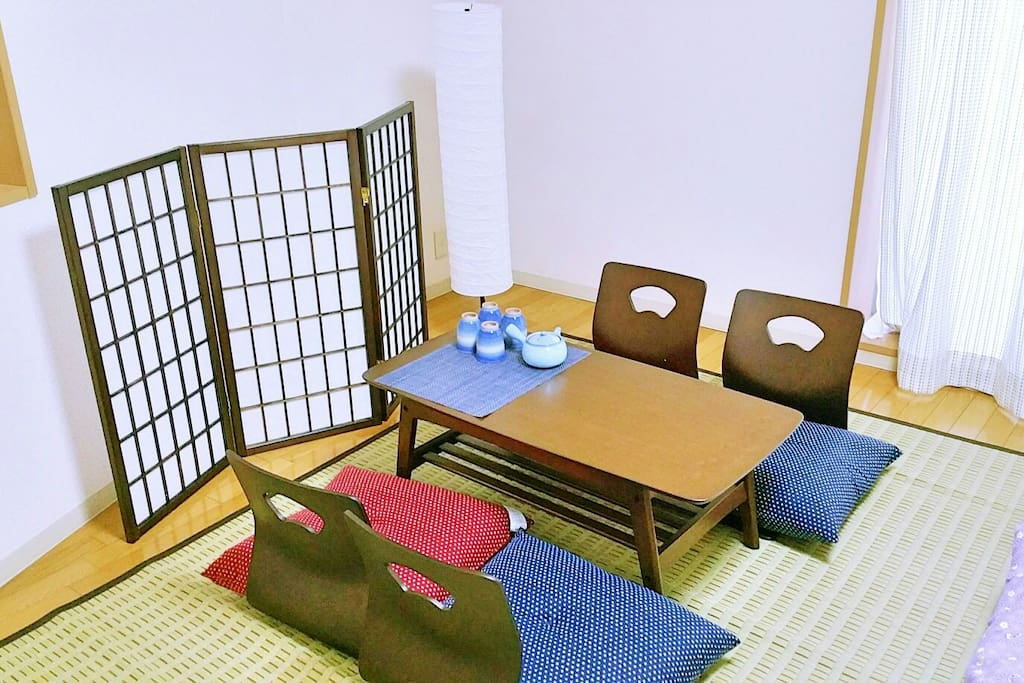 Japanese style tea table. Please have a rest with Japanese green tea.