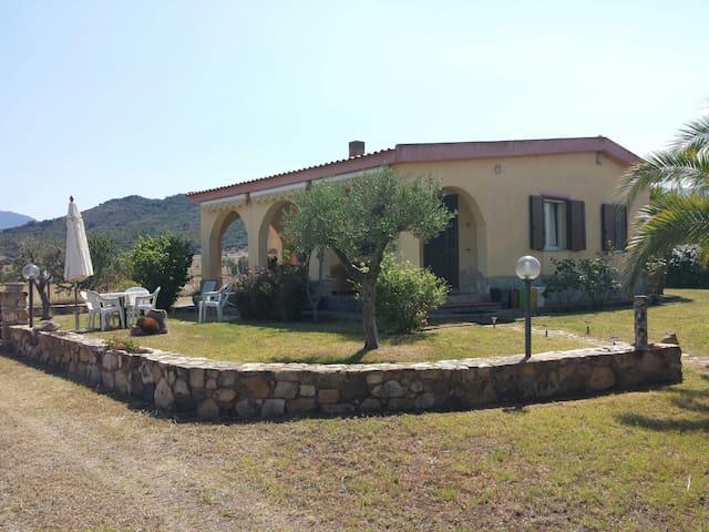 Villa Vale - Castiadas - Dům