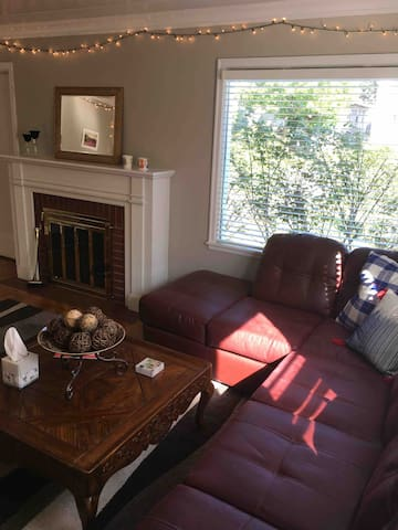 Quiet Two bedroom, first floor duplex