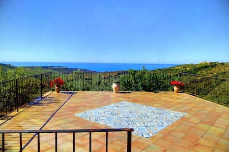 villa in sicilian countryside, sea view