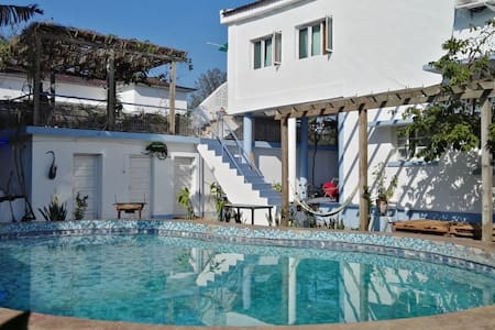 Tropical Beach Studio with Pool