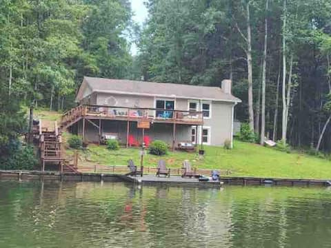 Southern Comfort Cabin-pet friendly/kayaks incl