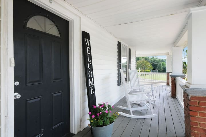 Southern Charm in the Heart of Kannapolis