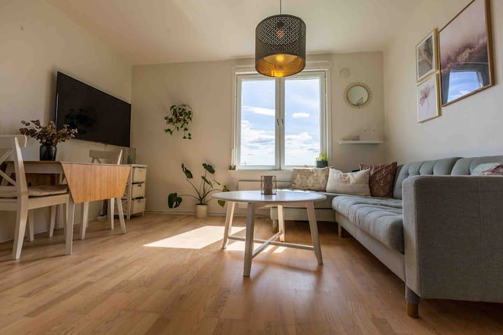 Cosy and central apartment, close to the subway 🌟