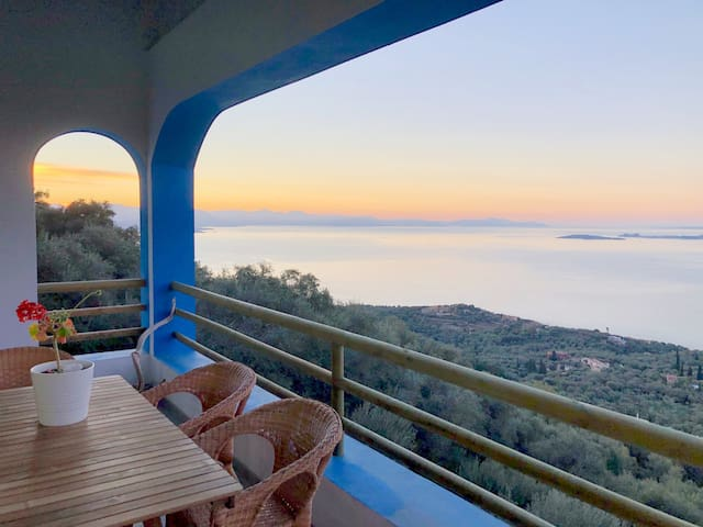 House Teigan, Best Views in Corfu!
