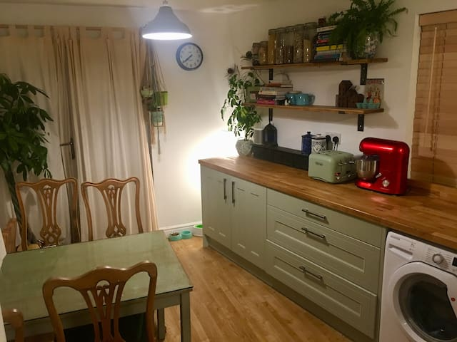 Double room in vibrant Stokes Croft