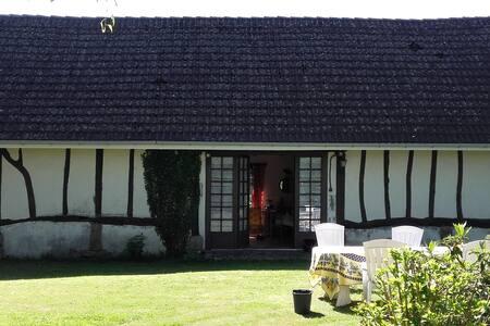 Maison normande à louer entre mer et campagne