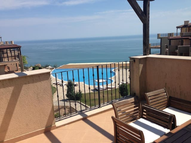 Beautiful seaview appartment in Kaliakria resort