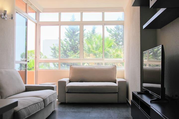 Luminoso piso cerca de Puerto Marina | Puertosol