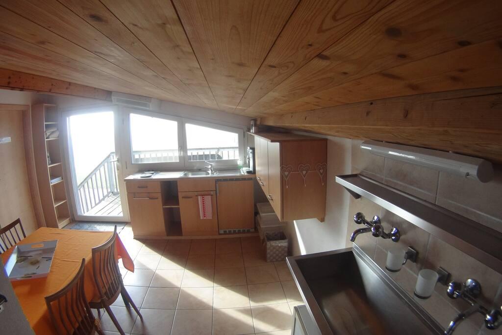 gem tliche wohnung auf bauernhof apartments for rent in hemishofen canton of schaffhausen. Black Bedroom Furniture Sets. Home Design Ideas