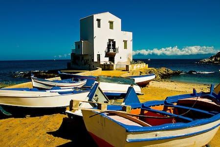Apartment in Tipic Sicilian village - Santa Flavia - Daire