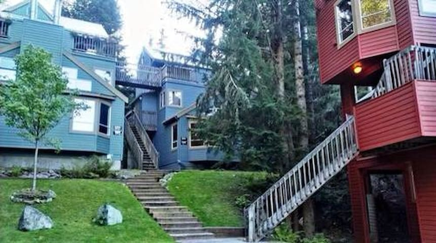 1 bedroom & loft whistler townhouse - Whistler  - Townhouse