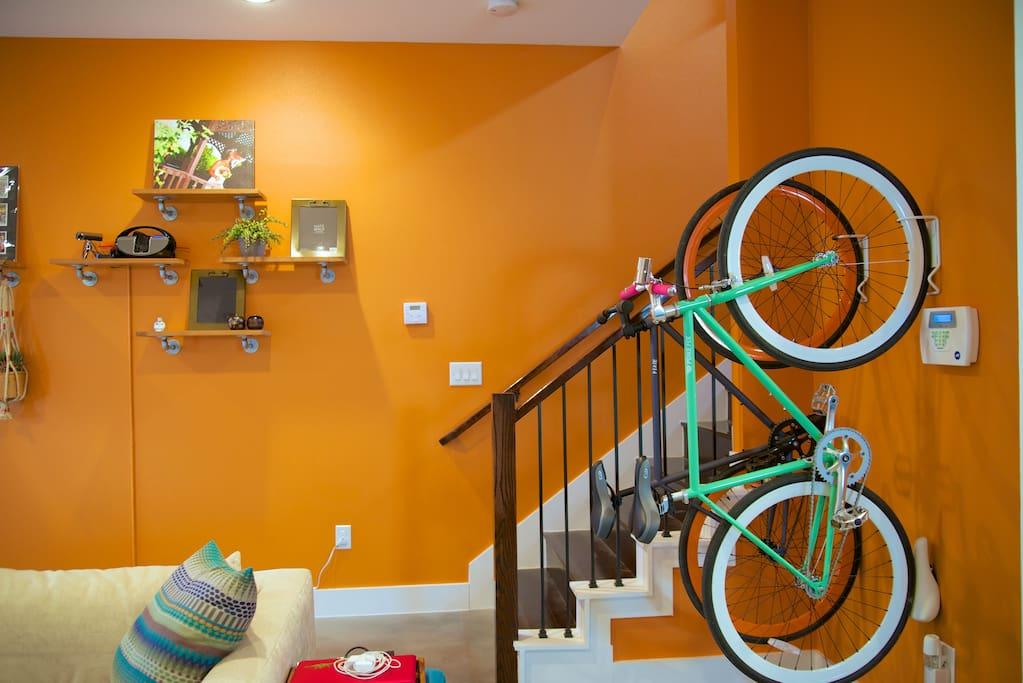 Common area (sorry these are our bikes... but you can rent one down the street!)