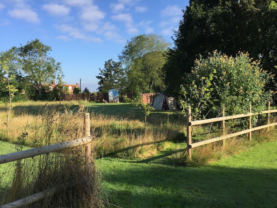 Shepherd hut bookable separately
