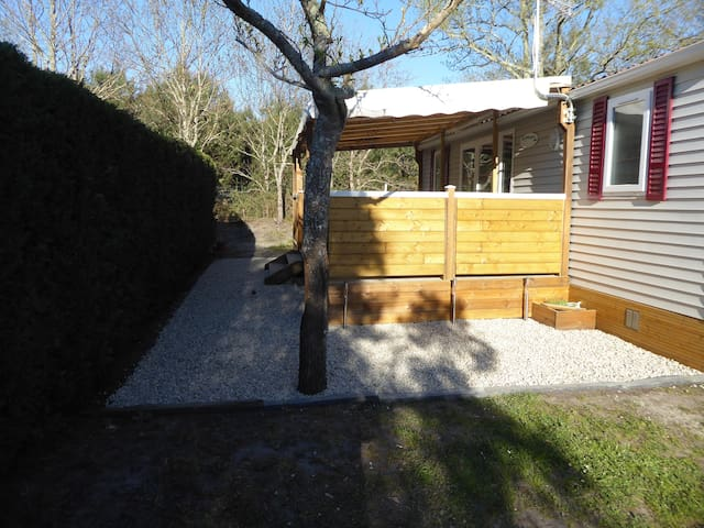 bungalow climatisé  - 4 places - Hourtin (GIRONDE) - Hourtin - Bungalow