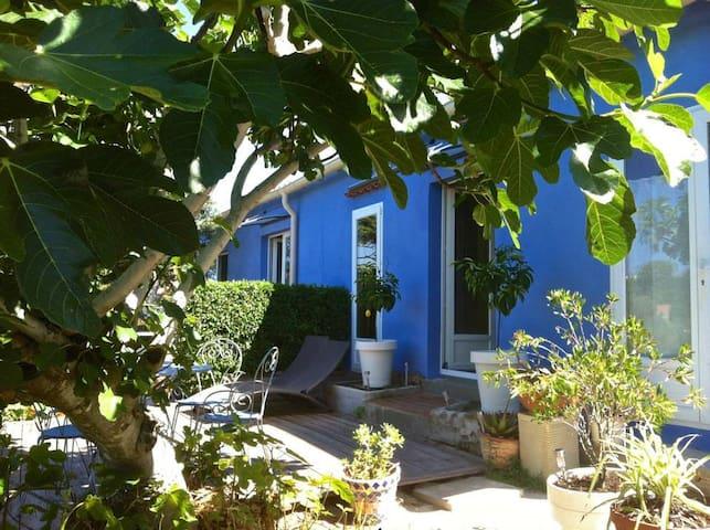 La maison bleue. - Hyères - Huis