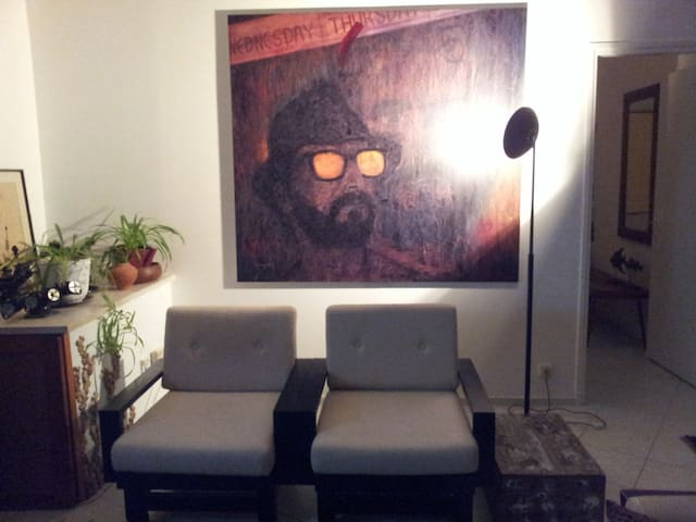 Moshe Meshulam original, in the living room.