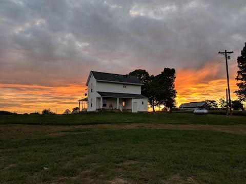 Farm House - near Bourbon Trail & Pet Friendly