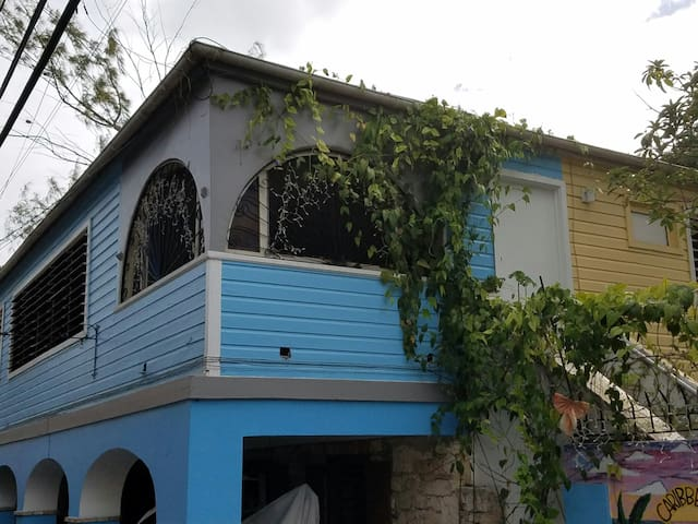 Short/long term one-bedroom @ Caribbean Breeze - Frederiksted