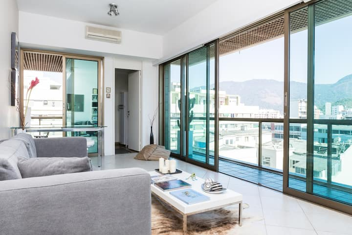 UP TO 50% OFF -HEART OF IPANEMA, STYLISH APARTMENT