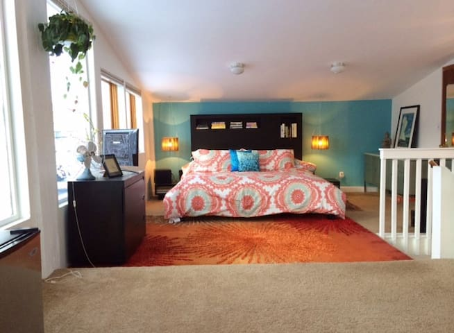 South Boulder Treetop Suite + Bikes - Boulder - Casa