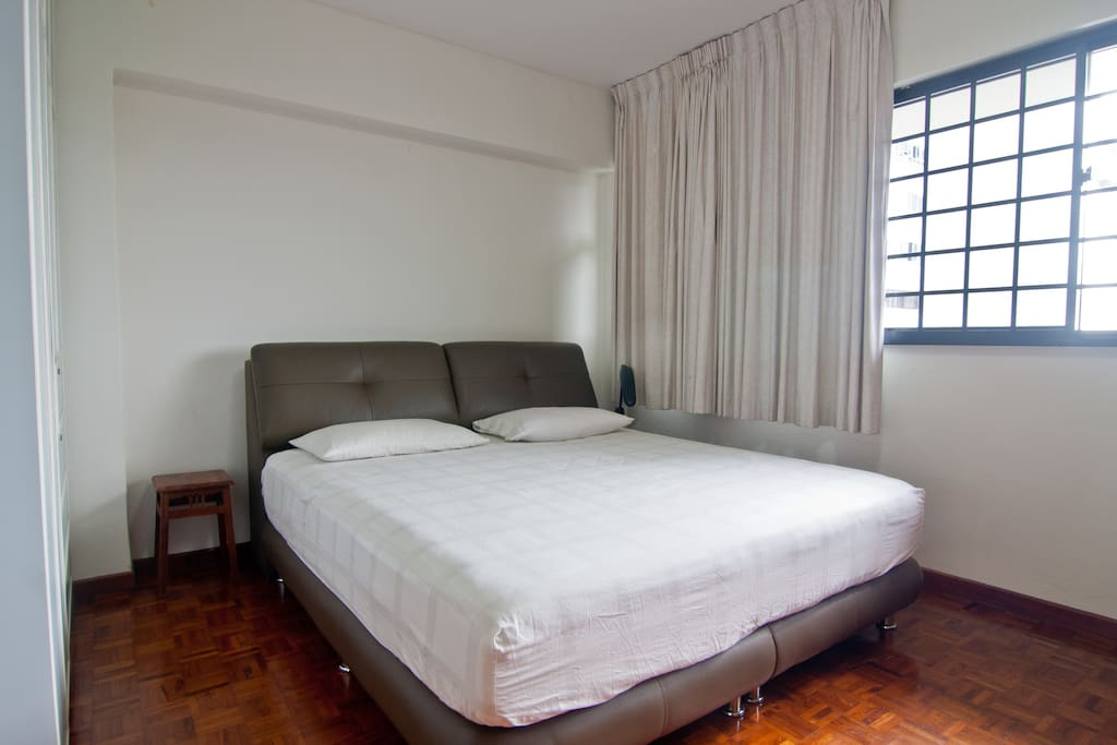 Comfy Spacious Master Bedroom Apartments For Rent In Singapore Singapore