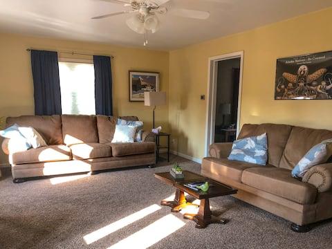 Comfortable apartment on Main Street USA