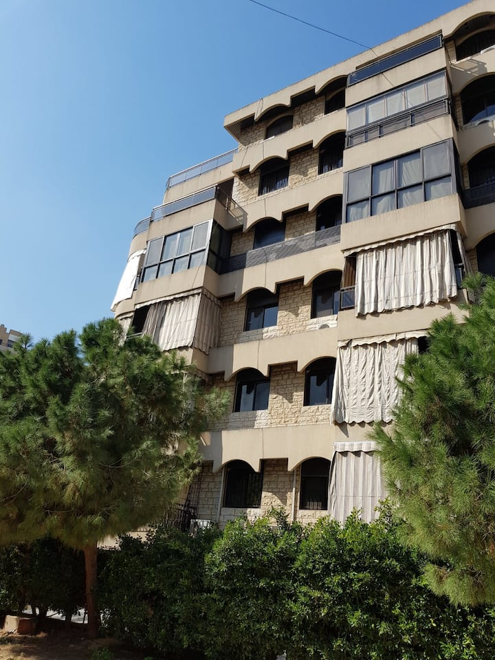 Luxurious Family Friendly Place in Hazmieh