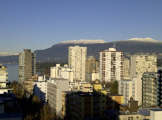 Downtown Suite with Mountain View - Vancouver - Apartmen
