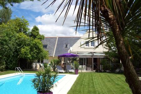 """le Cottage - chambre """"ROMANCE"""" - Saint-Molf"""