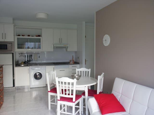 Precioso apartamento en la playa - Portosín - Apartment