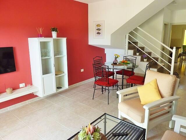 Sunny duplex apartment