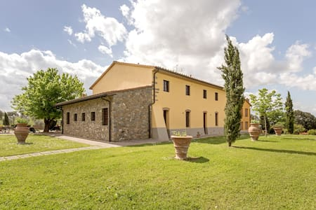 Borgo di Montereggi-1 bedroom apt. - Capraia e limite