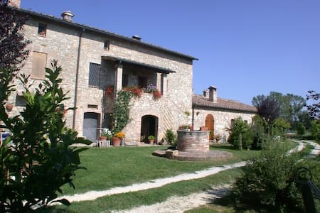 Bed and Bike in Tuscany - Sovicille - Bed & Breakfast