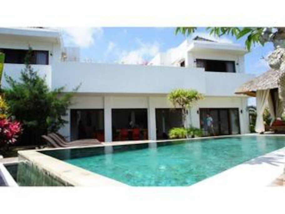 Minimalist villa 4bd  Ungasan Bali
