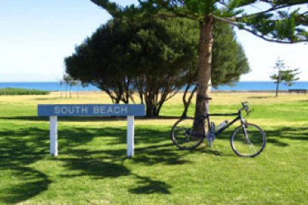 South Beach foreshore with Cycle/ walking paths