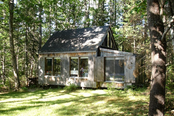Peaceful & cozy waterfront cabin - Boothbay - Chalet