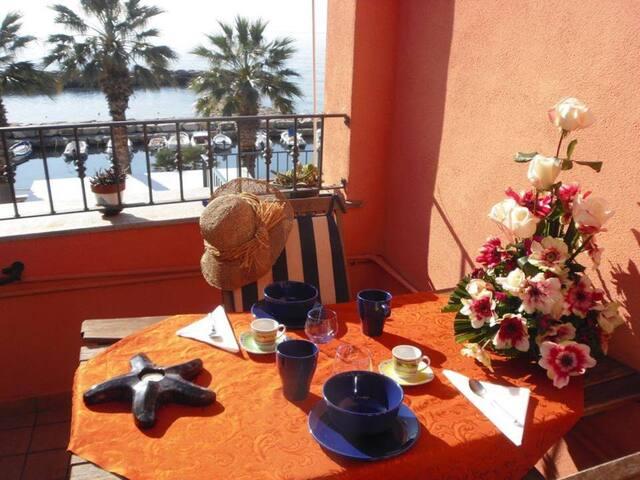 LIBECCIO monolocale sul mare - Riva Ligure - Bed & Breakfast